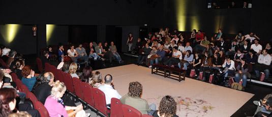 Teatro espa ol sala margarita xirg ayuntamiento de madrid for Sala 0 teatro sevilla