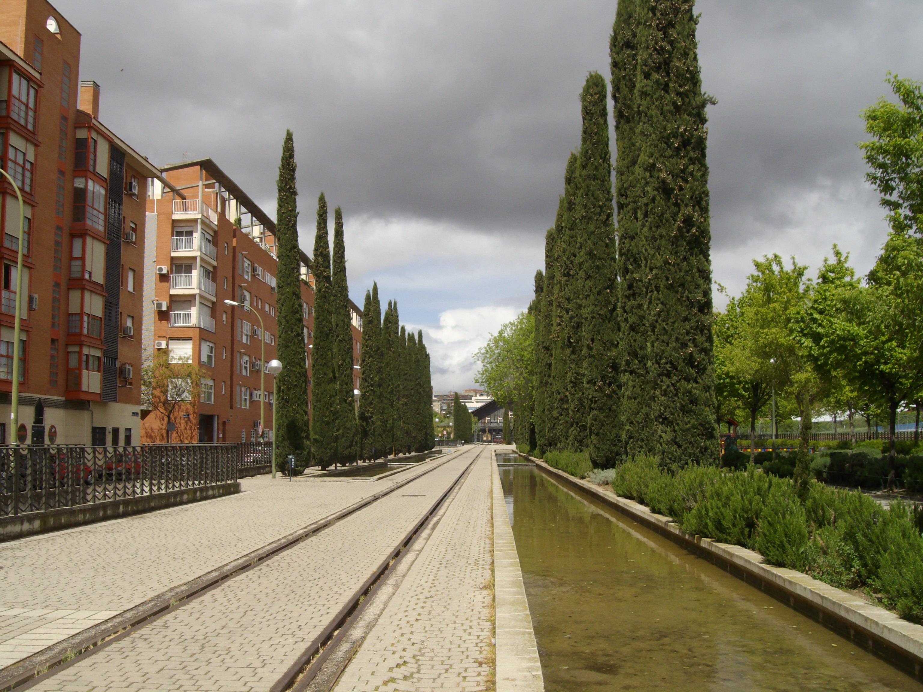 Im genes del parque de las delicias ayuntamiento de madrid for Pisos en delicias madrid