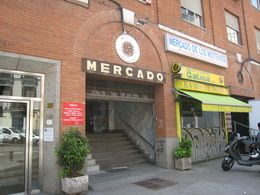 Mercado Los Mostenses