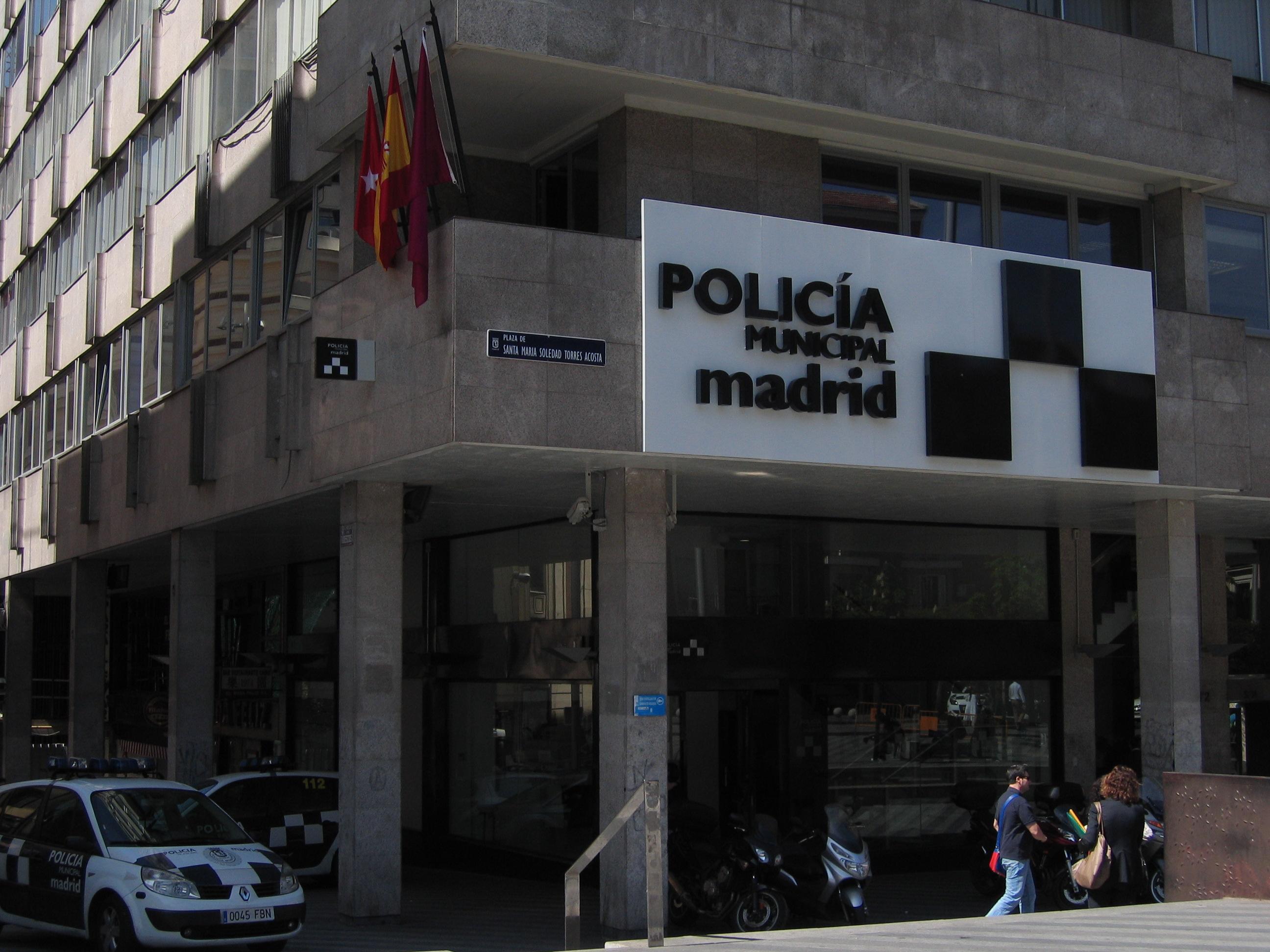 Oficina de atenci n al ciudadano oac polic a municipal for Oficina central de correos madrid