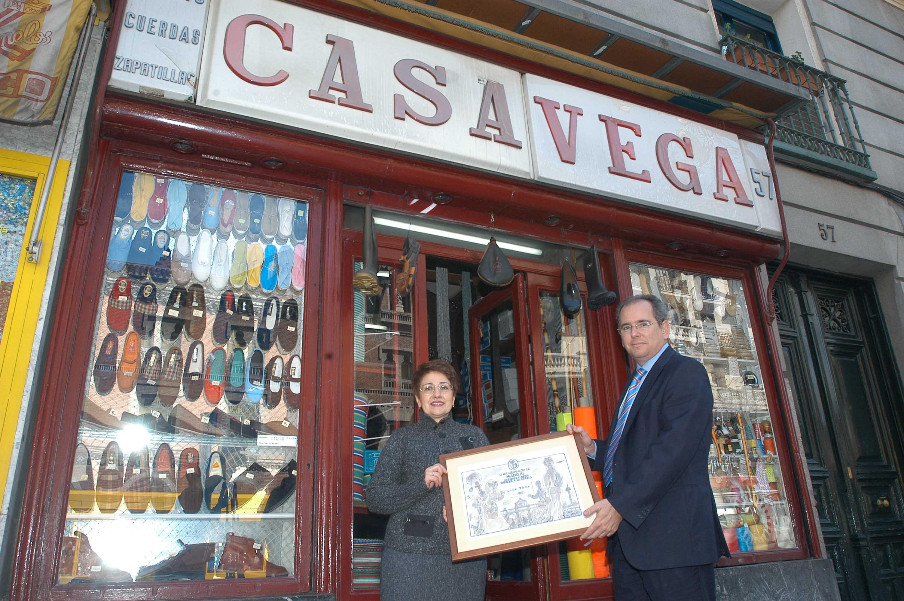 Placas conmemorativas para casa vega y la taberna de antonio s nchez ayuntamiento de madrid - Casa vega madrid ...