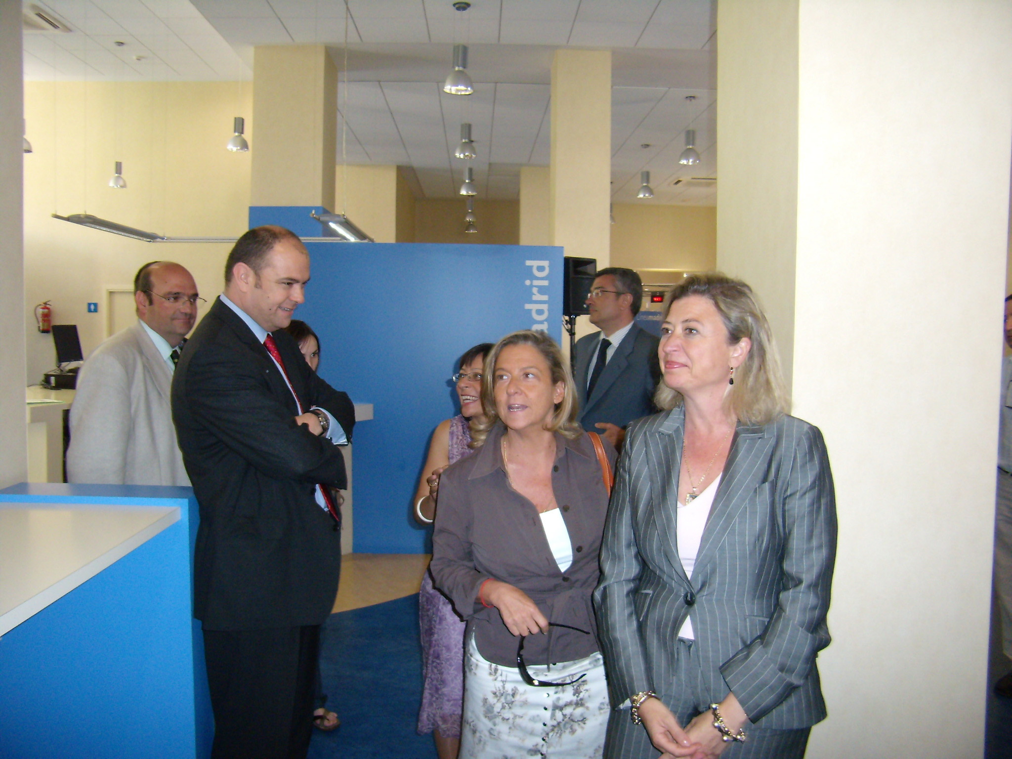 Nueva oficina de atenci n al ciudadano en tetu n - Oficina de atencion al ciudadano madrid ...