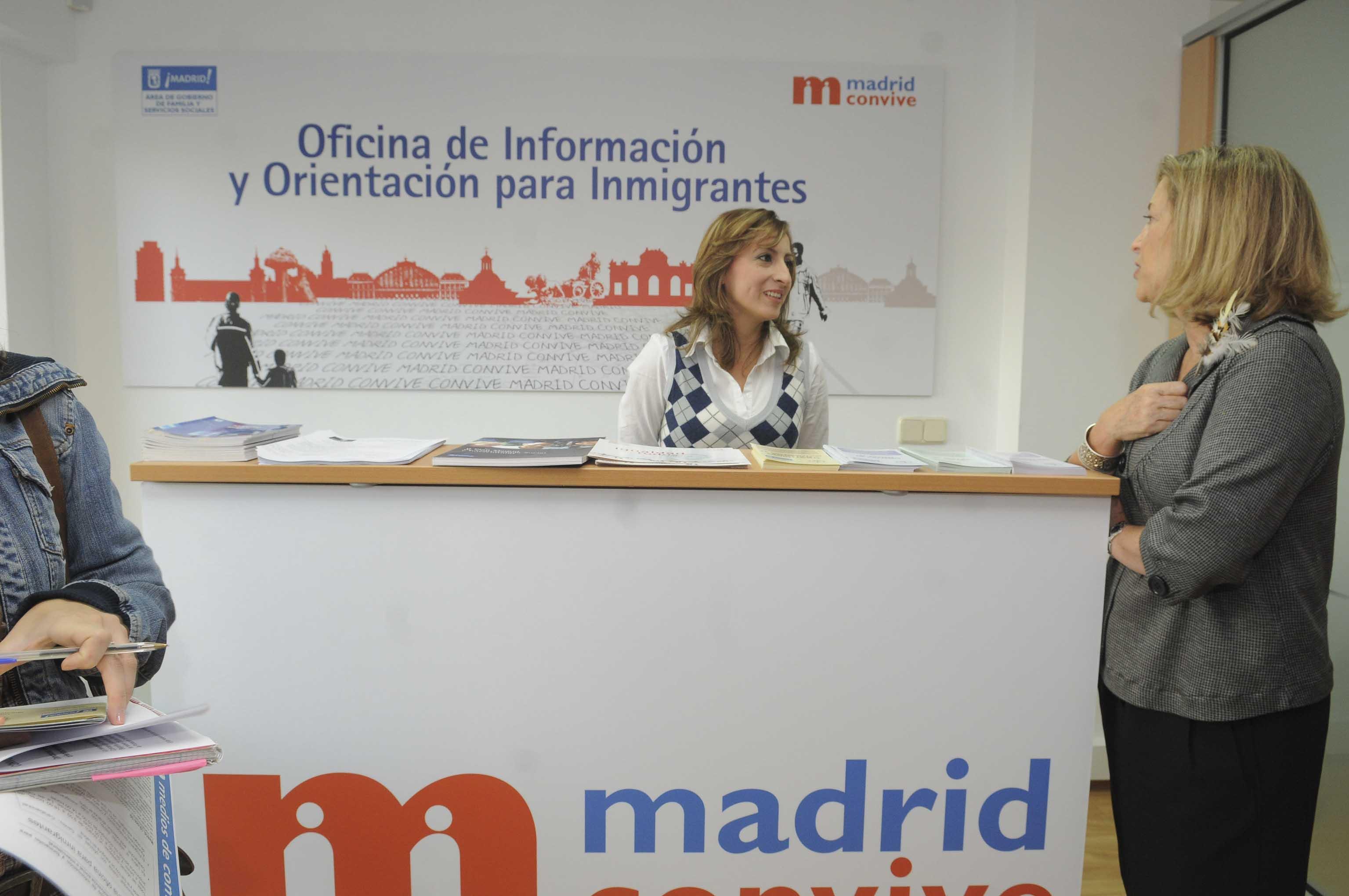 Latina abre una oficina para inmigrantes ayuntamiento de for Oficina de extranjeros madrid