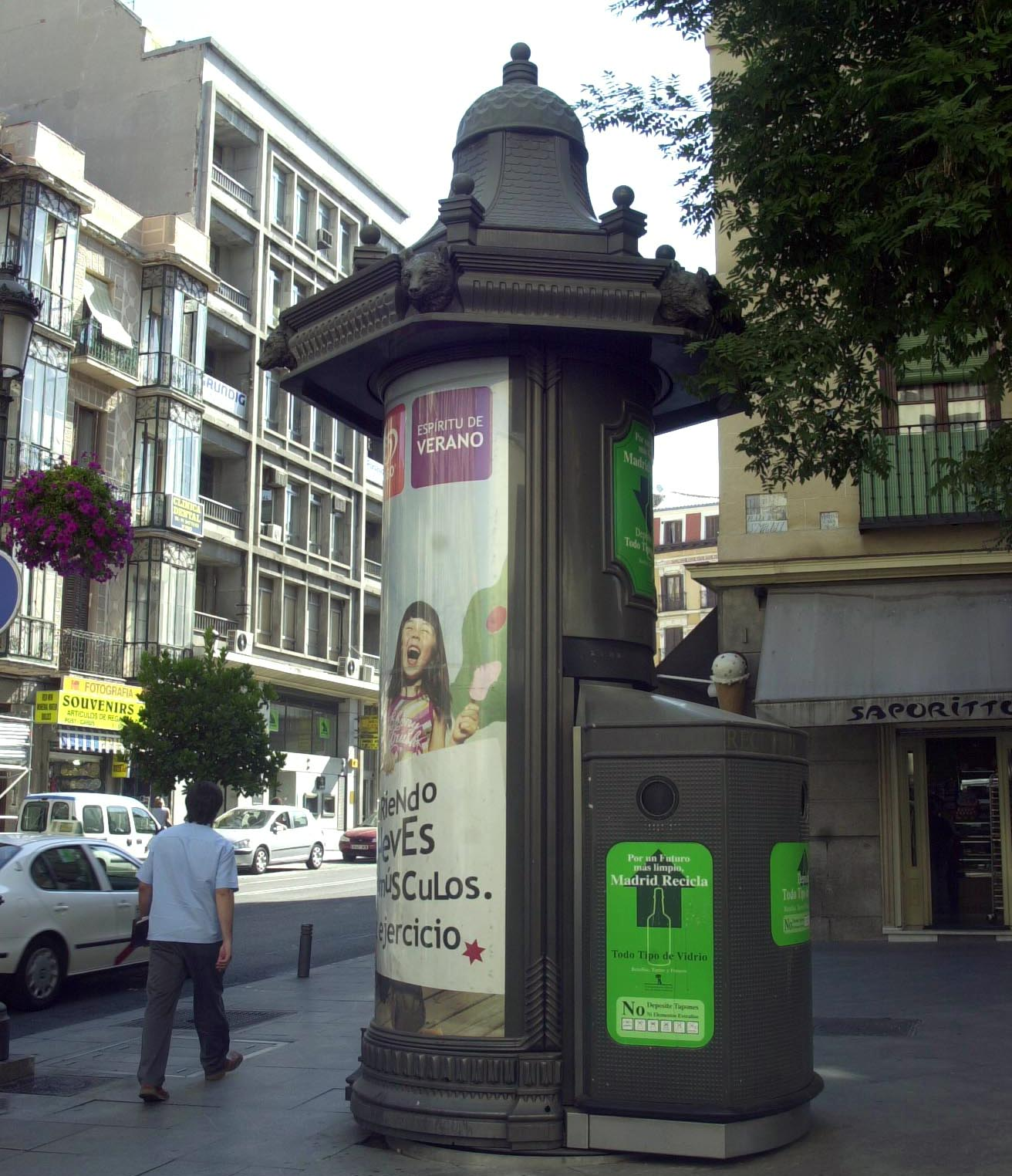 Contratos de mobiliario con publicidad exterior - Mobiliario urbano madrid ...