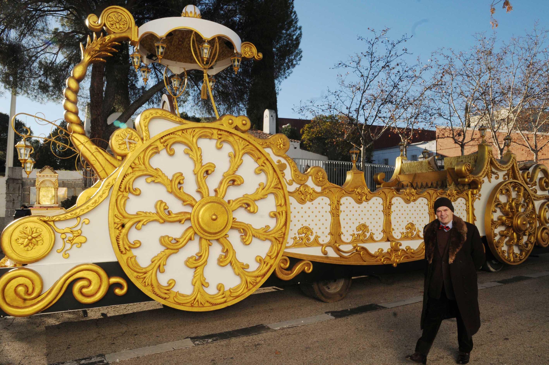 Carrozas De Reyes Magos Fotos.Las Carrozas De Los Reyes Magos Llegan A Madrid