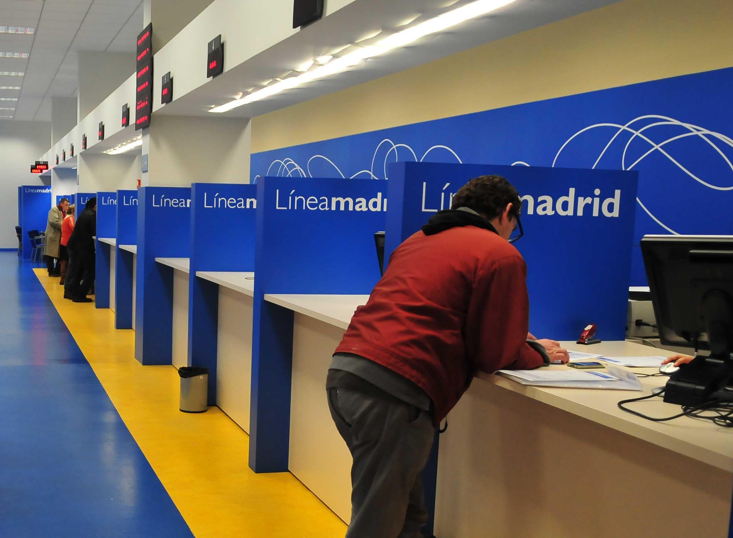 Premio a la calidad para el tel fono 010 l nea madrid - Oficinas de atencion a la ciudadania linea madrid ...