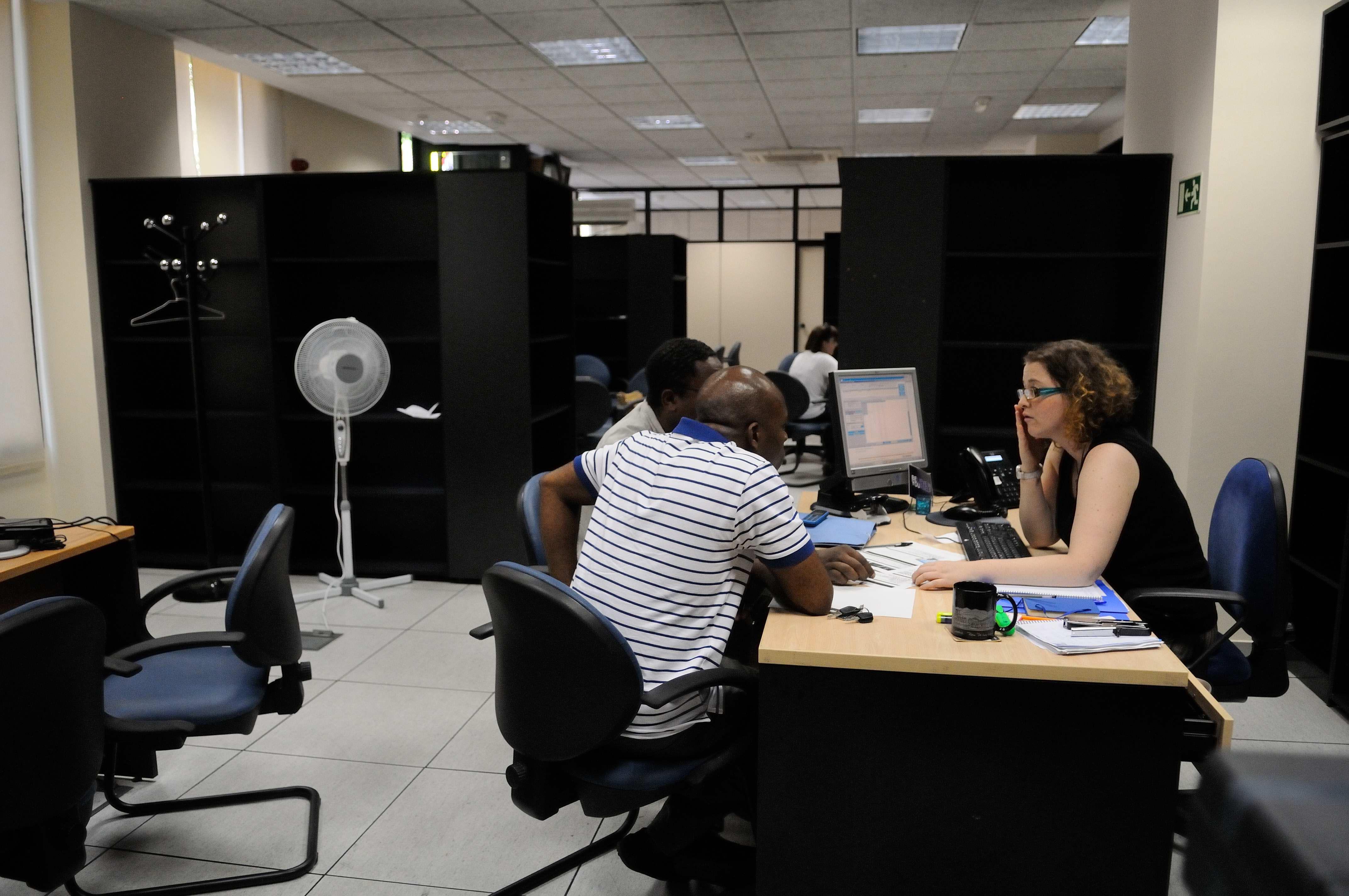 Empieza la andadura de la oficina de intermediaci n for Oficinas atencion al ciudadano madrid