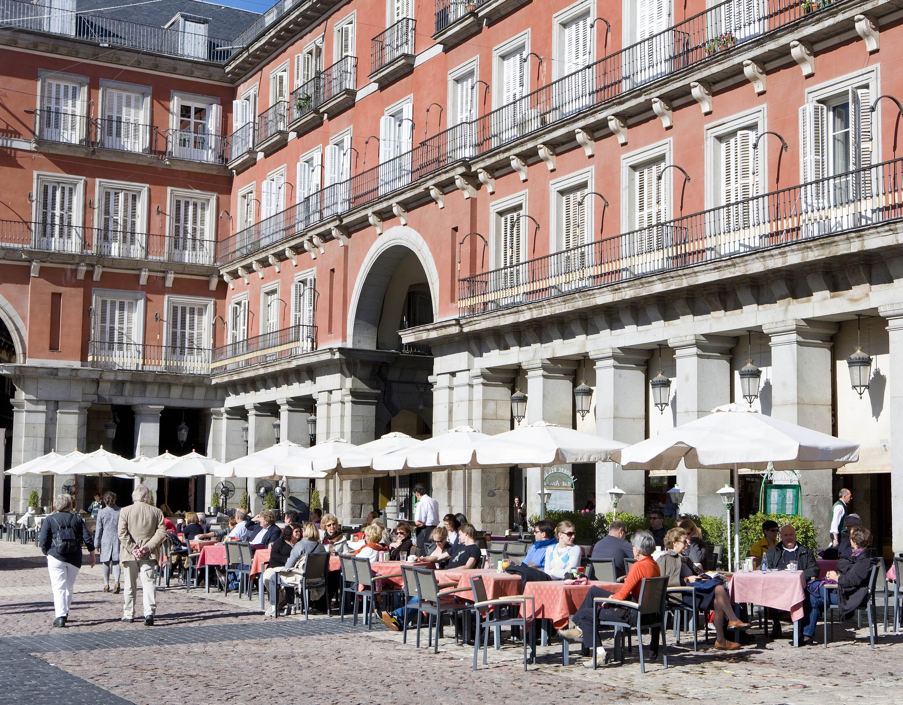 Madrid promociona sus atractivos tur sticos en colombia for Oficina de avianca en madrid
