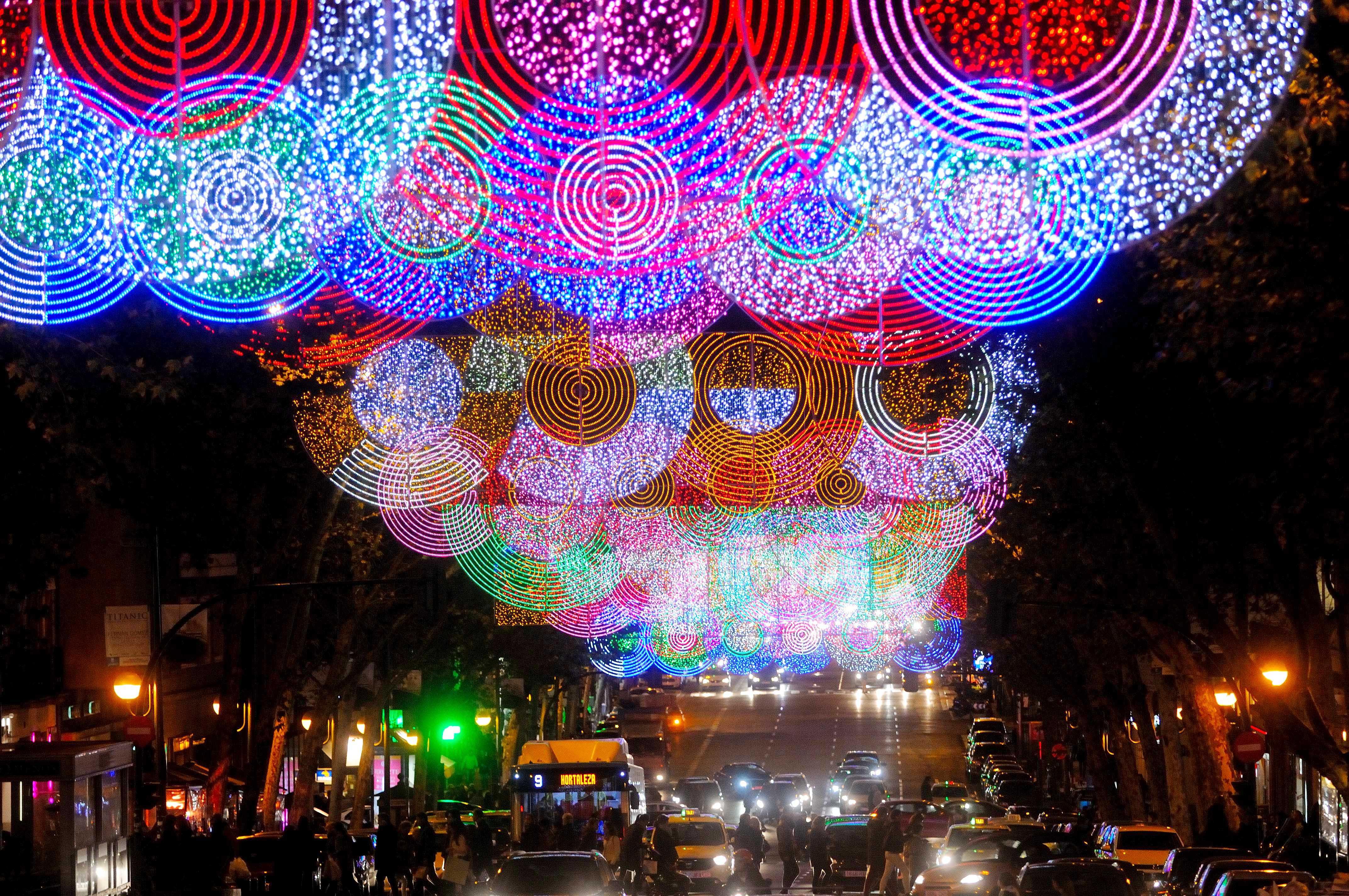 c6b573ac3eb Madrid ilumina sus calles por Navidad - Ayuntamiento de Madrid
